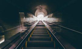 tunel-unsplash-