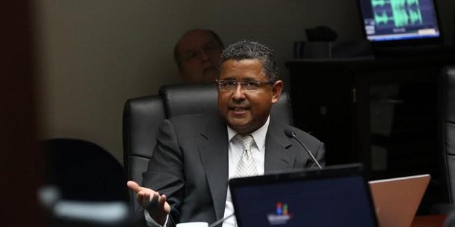 Francisco Flores siembra más sospechas de elevados niveles de corrupción durante su gobierno