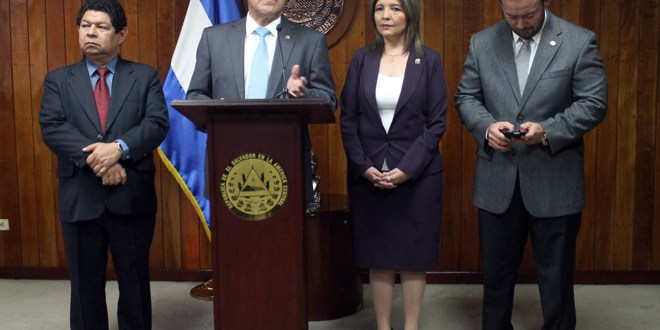 Flores mintió a diputados que investigan  paradero de $10 millones taiwaneses