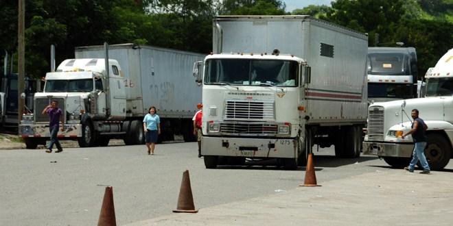 Anuncian cierre en todas  las fronteras con El Salvador