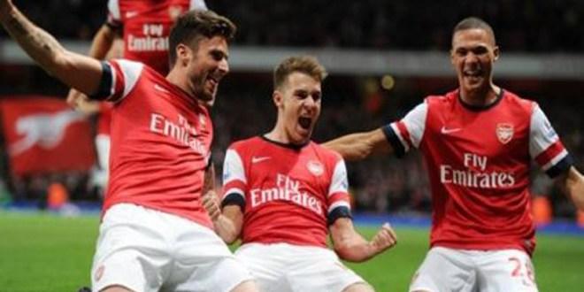 El Arsenal gana in extremis y se mantiene como líder de la Premier