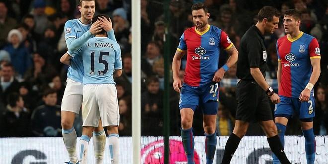 El City asciende al liderato y Suárez guía al Liverpool con doblete