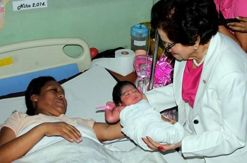Valerie: primer bebé de 2014