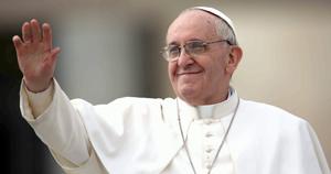 Francisco inaugura 2014 con un vibrante llamado contra la violencia en el mundo