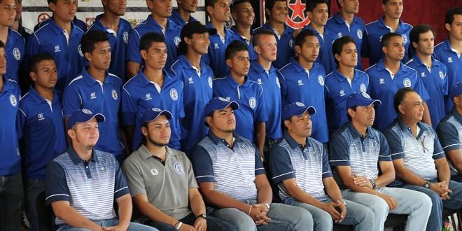 Marcianos solo con nacionales para  el Clausura 2014