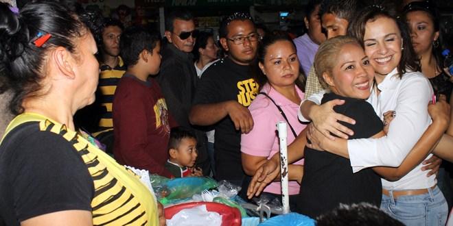 Primera Dama llama al pueblo salvadoreño  a votar por la continuidad de los cambios