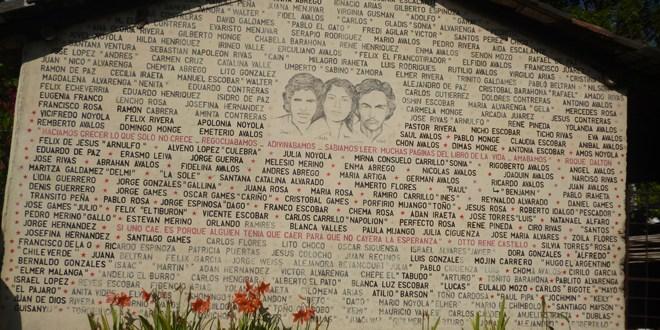 Pueblos  que cuentan  la historia entre  balas y recuerdos