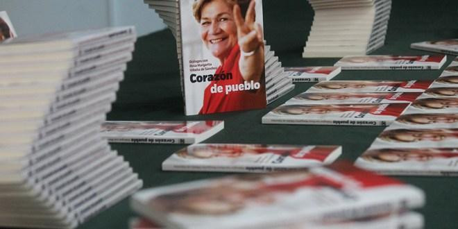 Presentación Libro sobre Margarita Villalta  de Sánchez Cerén escrito por su hija Claudia Sánchez Villalta