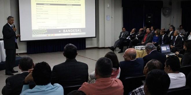 Gobierno presenta plan de rescate cafetalero a los firmantes del pacto