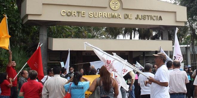 CONPHAS realiza manifestación en rechazo de medida cautelar de Sala de lo Constitucional