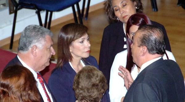 Diputada de ARENA Ana Vilma de Escobar es desaforada