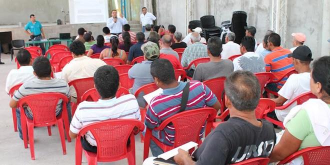 CENDEPESCA inicia reuniones para informar a pescadores sobre la adquisición del carné DIF