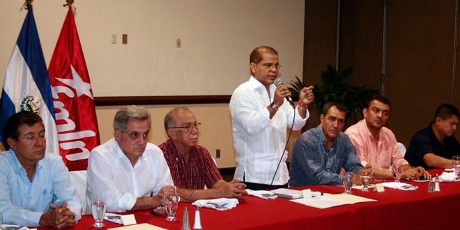 Movimiento de ex alcaldes se adhiere a fórmula  del FMLN por el desarrollo local