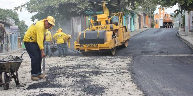 Continúan los trabajos de mantenimiento en las calles