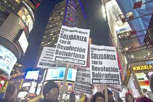 Manifestación en Nueva York en respaldo a Chávez y Maduro