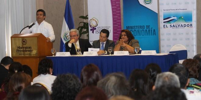 Presentan informe sobre políticas y acciones impulsadas para la autonomía económica de la mujer