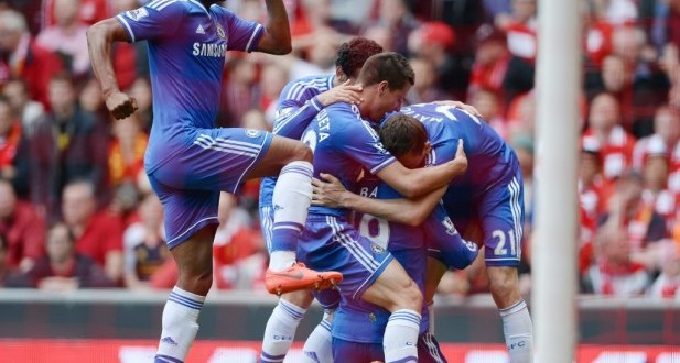 Chelsea gana a Liverpool y pone la Liga inglesa al rojo vivo