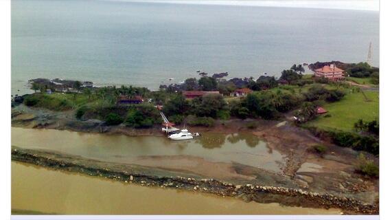 Ex Presidente Francisco Flores podría buscar asilo político en Panamá