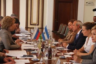 Legisladores sostienen encuentros con dirigentes gubernamentales de la Federación Rusa