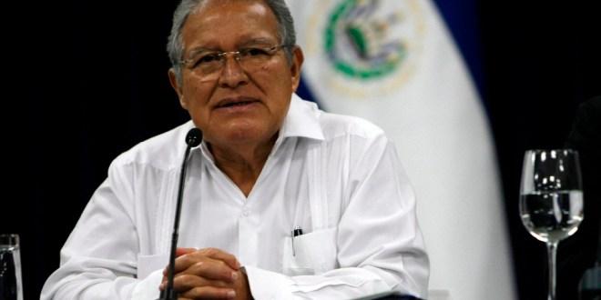 Sánchez Cerén llega a Venezuela para participar en cumbre del Mercosur