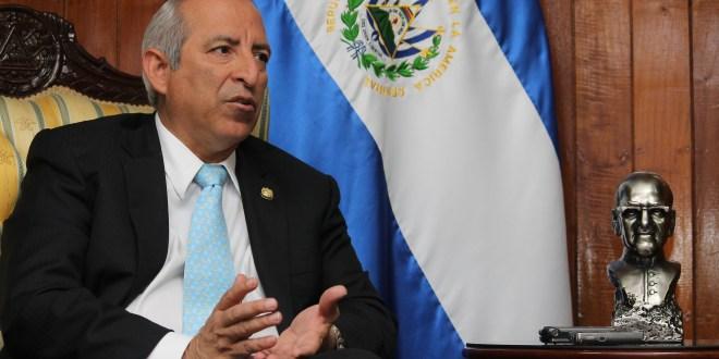 Presidente de la Asamblea Legislativa critica fallo en contra de Eugenio Chicas