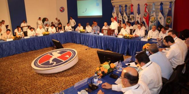 Sánchez Cerén insta a trabajar por la seguridad y el crecimiento económico