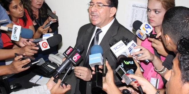 Eugenio Chicas no descarta recurrir  a CIDH por resolución de la CSJ