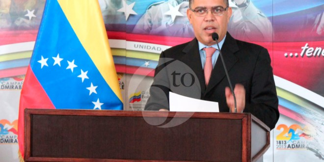 Canciller venezolano visita El Salvador para tratar temas de interés bilateral