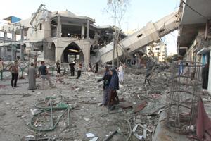 Bombardeos israelíes exterminan familias completas en Franja de Gaza