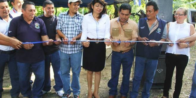 Más de 30 familias de caserío El Sitio beneficiadas con proyecto de electrificación