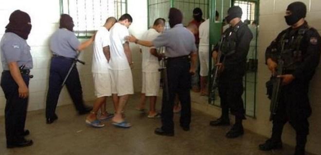 Presidente ordena traslado de reos de alta peligrosidad a Zacatecoluca