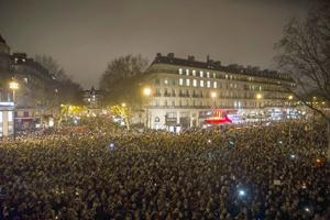 Persecución desenfrenada en Francia de los autores de la matanza de Charlie Hebdo