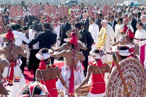 En Sri Lanka, el papa exhorta al respeto de los derechos humanos