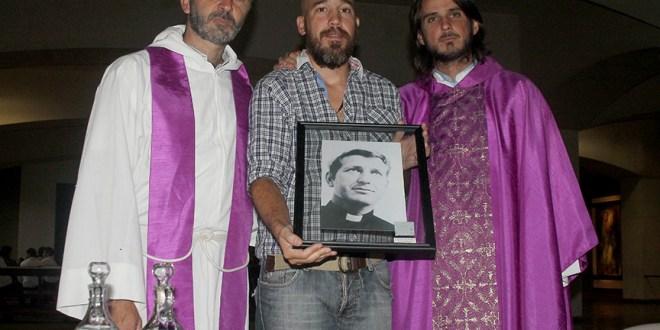 """""""Monseñor Romero es un signo de la  Iglesia   del Siglo XXI"""": PadreEduardo Drabble"""
