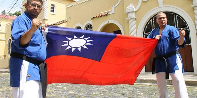 Karatecas a Las Fiestas con el apoyo de Taiwán