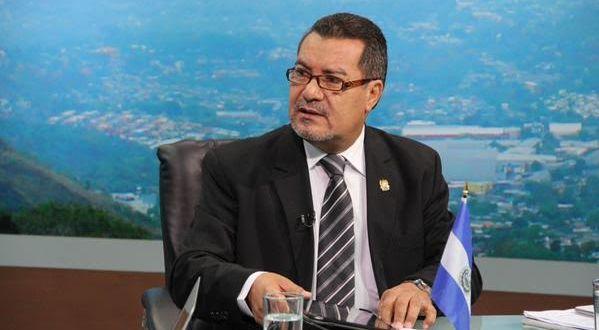 """Guillermo Mata: """"Hay muchos intereses económicos sobre Ley General de Agua"""""""