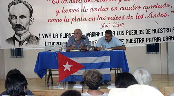 Desarrollan conferencia para explicar situación diplomática Cuba-EE.UU.