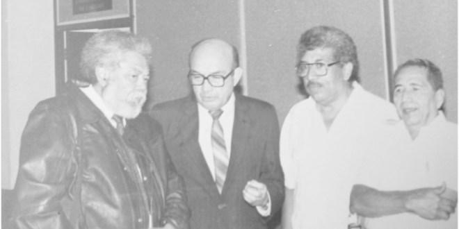 Roberto Armijo: eterno poeta,  amigo,compañero…