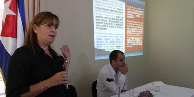Embajadora en El Salvador expone daños del bloqueo de EE.UU. a Cuba