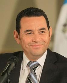 Congreso evita que presidente guatemalteco sea investigado por corrupción