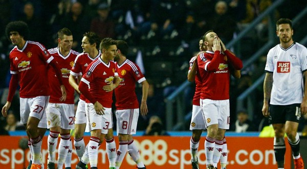 Manchester United quiere salvar la temporada en la FA Cup