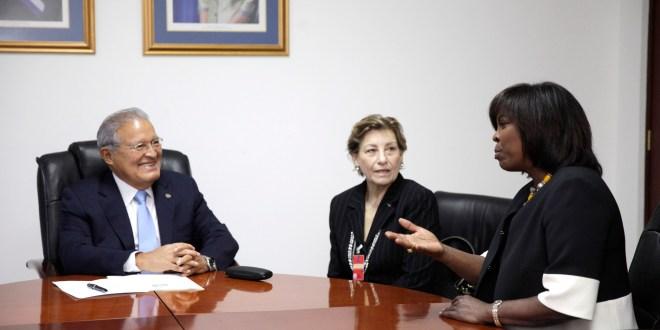 Presidente de la República se reúne con directora del Programa Mundial de Alimentos