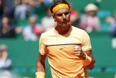 Nadal sigue creciendo en Montecarlo y Federer dice adiós