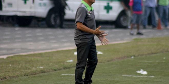 """""""Pichi"""" Escudero analizará ofertas hasta terminar junio"""