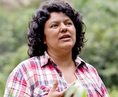 Pese a detenidos por asesinato de ambientalista hondureña Berta Cáceres, familia desconfía de investigaciones