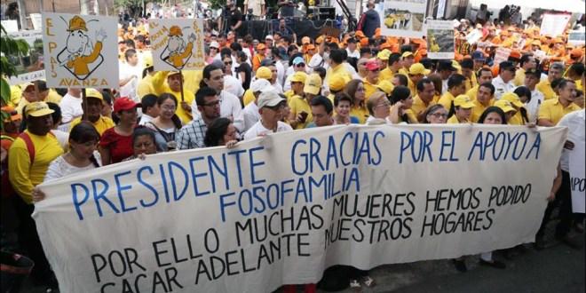 "FMLN asegura que país presenta ""importantes y evidentes avances"""
