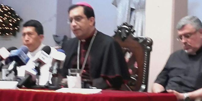 Arzobispo Escobar Alas apoya aumentosalarial