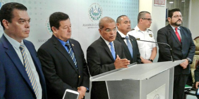 """Acuerdan aprobar prórroga de """"Medidas Extraordinarias"""" contra la delincuencia"""