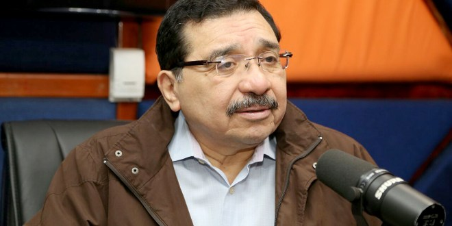 """El FMLN considera necesario  """"enfrentar las políticas neoliberales"""""""