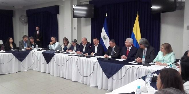 Esfuerzo de diálogo en El Salvador debe ser ejemplo para otras naciones: Benito Andión